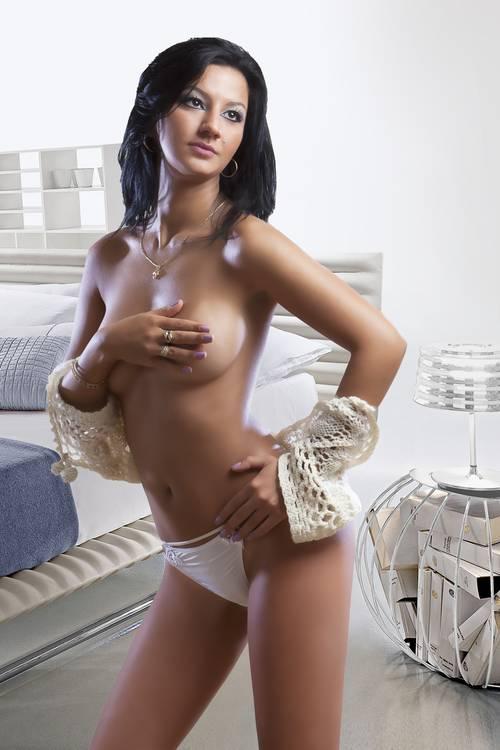 london_escorts_bella_four