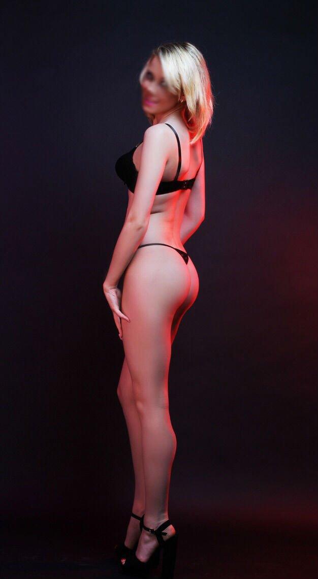 nude sex scenes from movie caligula