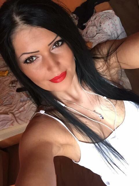 Sonya16 face